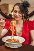 Beautiful girl and pasta — Stock Photo