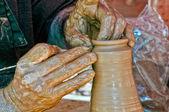 Řemeslník pracující se jíl — Stock fotografie