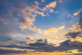Cloudy sunset sky background — Stock Photo