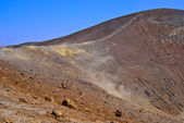Slope-of-Vulcano-Gran-Crater-with-fumarole-fumes — Stock Photo