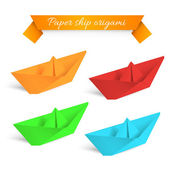 Four colorfull paper ships origami. Vector illustration. — Stock Vector