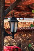 Laterne im sommer terrasse schatten — Stockfoto