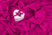 Love card with heart on a purple fabric — Foto Stock