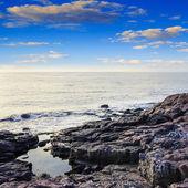 海の波改岩について — ストック写真