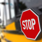sinal de parada de ônibus escolar — Fotografia Stock  #12193786