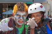 Ghoul and Zombie at Pasadena Doo Dah Parody of the Rose Parade — Stock Photo