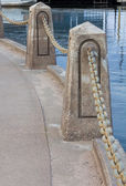 Chain and Cement Barrier — Stock Photo