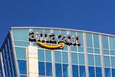 Amazon building in Santa Clara, California — Stock Photo