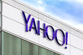 Yahoo Corporate Headquarters Sign — Stock Photo