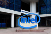 Intel Sign at Corporate Headquarters.  — Zdjęcie stockowe