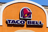 Taco Bell Restaurant exterior. — Stock Photo