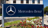 Mercedes-Benz Automobile Dealership Sign — Stock Photo