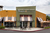 Panera Bread Restaurant Exterior — Stock Photo