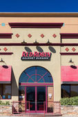 Red Robbin Gourmet Burgers Restaurant Exterior — Stock Photo