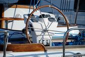 Stuurwiel van beheer van een jacht — Stockfoto