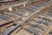鉄道と鉄道をクローズ アップの関係をクロス — ストック写真