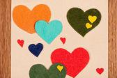 卡用木制背景上的心 — 图库照片