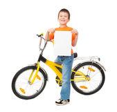 在隔离的自行车上的男孩 — 图库照片