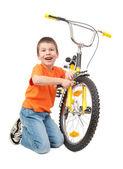 Vélo de réparation garçon isolé — Photo