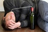Man alcohol addiction — Stock Photo