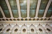 Rich decorated palace ceiling — Stock Photo