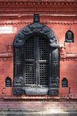 Gesneden hindoe tempel venster — Stockfoto