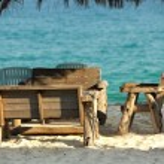 Tropical beach restaurant — Stock Photo