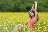 Beautiful young woman stretching with pleasure — Foto de Stock