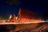 Light trail around ancient temple in Ayutthaya — Stock Photo