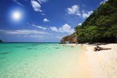 Tropical beach and Natural stone arch, Thailand — Stock Photo