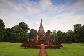 Ancient pagoda at Wat Chang Lom, Sukhothai — Stock Photo