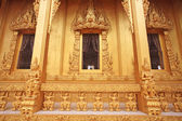 Golden Thai temple architecture of Wat Pak Nam — Stock Photo