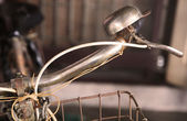 Old-fashioned vintage bike handlebar and bell — Stockfoto