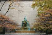 Escultura por lorado taft en el art institute de chicago — Foto de Stock