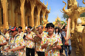 Thai music band playing song in temple — Stock Photo