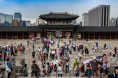 Gyeongbokgung royal Palace in Seoul, South Korea — Stock Photo