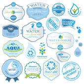 Uppsättning vatten etiketter — Stockvektor