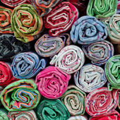 堆彩色棉毛巾 — 图库照片