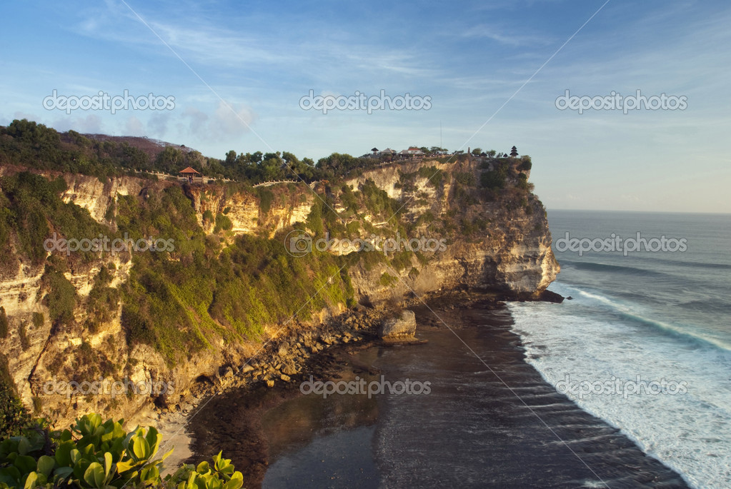 Bali.The temple Luhur Ulu Watu, towering on the top of a large cliff. — Stock Photo #12006644