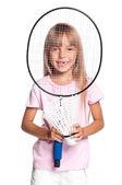 Pequeña niña jugando a bádminton — Foto de Stock