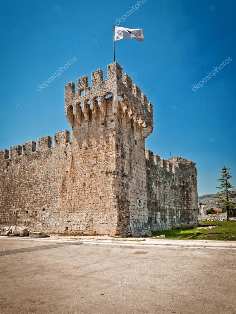 View on old Kamerlengo castle in Trogir, Croatia — Stock ...