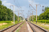 Double-track electrified (25 kV, 50 Hz) railway line — ストック写真
