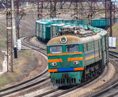 Heavy electric freight train in Ukraine — Stock Photo