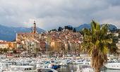 Vista della città di mentone - costa azzurra, francia — Foto Stock