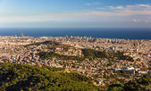 View of Barcelona including Sagrada Familia and Torre Agbar — Stock Photo