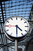 Clock at the train station — Stock Photo