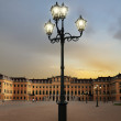 Steet lamps in front of Schonbrunn palace — Stock Photo
