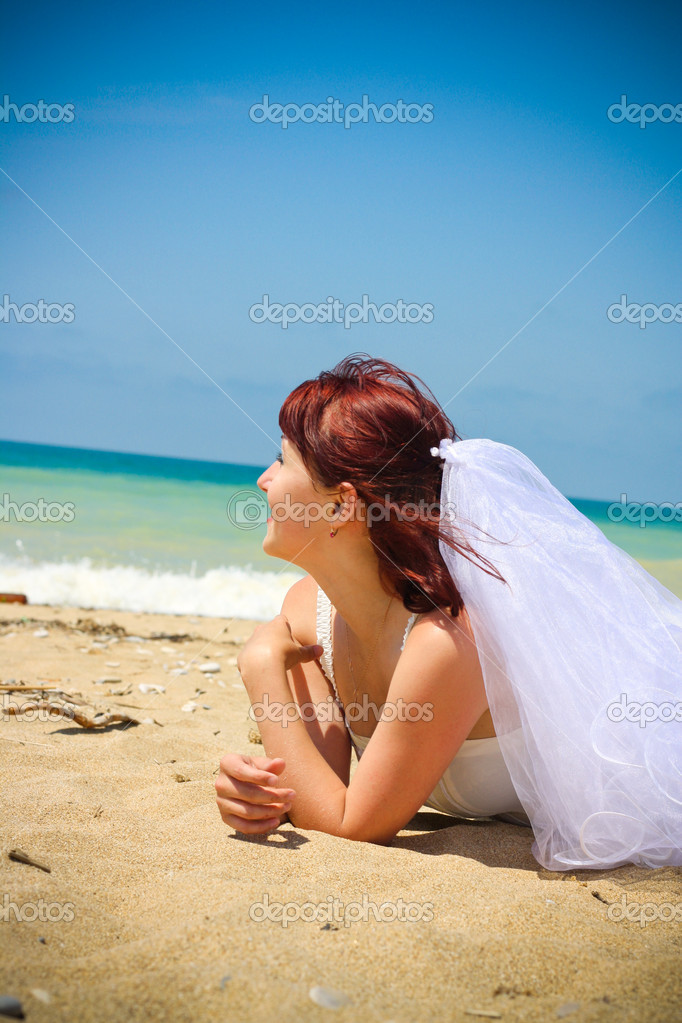 Young bride  — Stock Photo #12054783