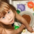 Pretty Little Girl to play the cook — Stock Photo #12146502