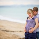 Portrait of beautiful loving couple awaiting baby — Stock Photo #18603057